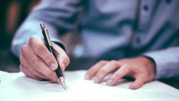 4 Things To Consider Before Signing a Film Contract