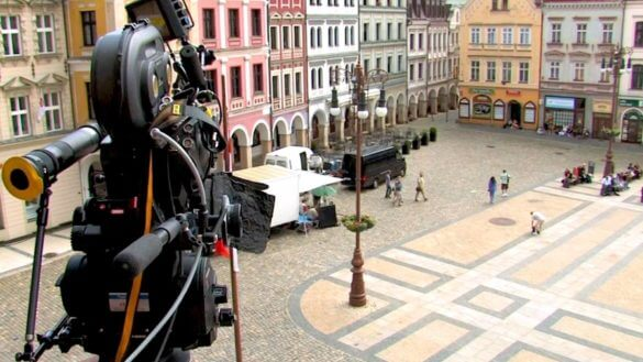 How to Secure Film Locations (FREE Location Release Form) - Featured