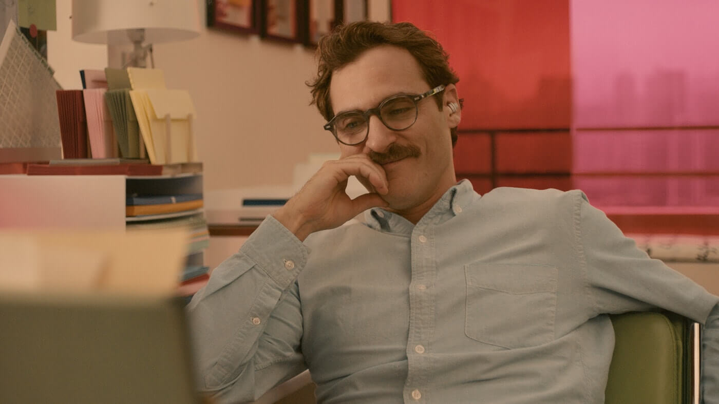 How Spike Jonze Shoots Movies About Loneliness - Joaquin Phoenix Sad