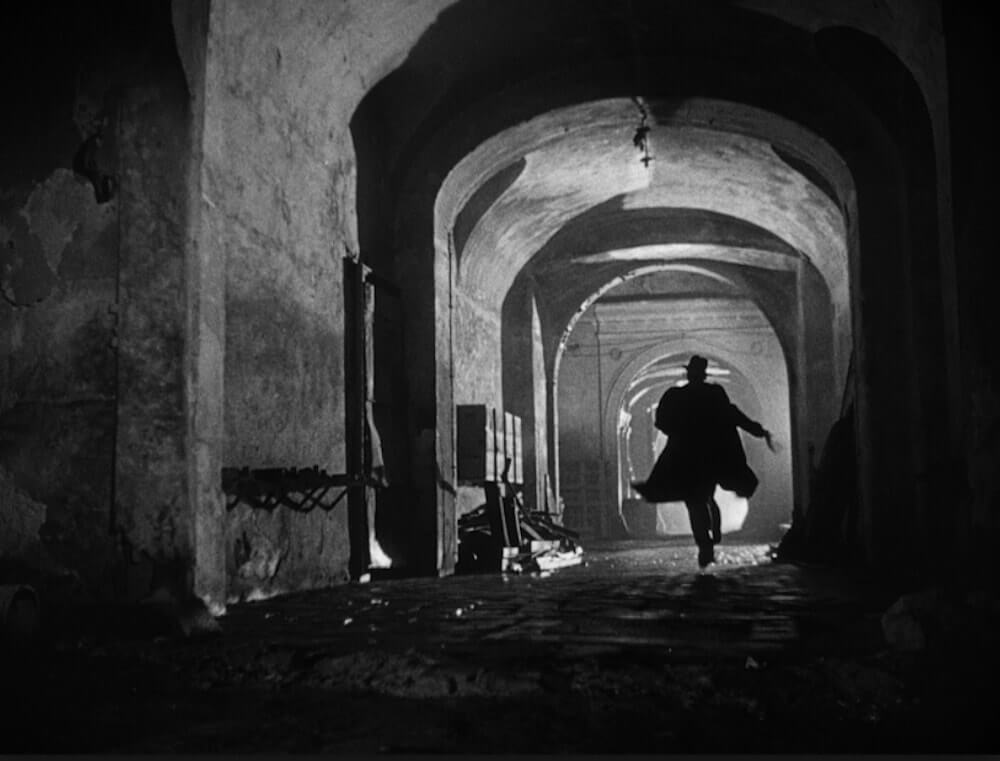 Best Cinematography Techniques and TIps - Masterful lighting and cinematic techniques in the film The Third Man
